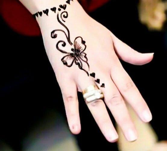latest mehndi design new Eid Simple Mendi Design